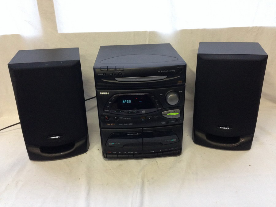 kompakt hifi stereo anlage von philips fw 335 mit cd aux kassette radio ebay. Black Bedroom Furniture Sets. Home Design Ideas